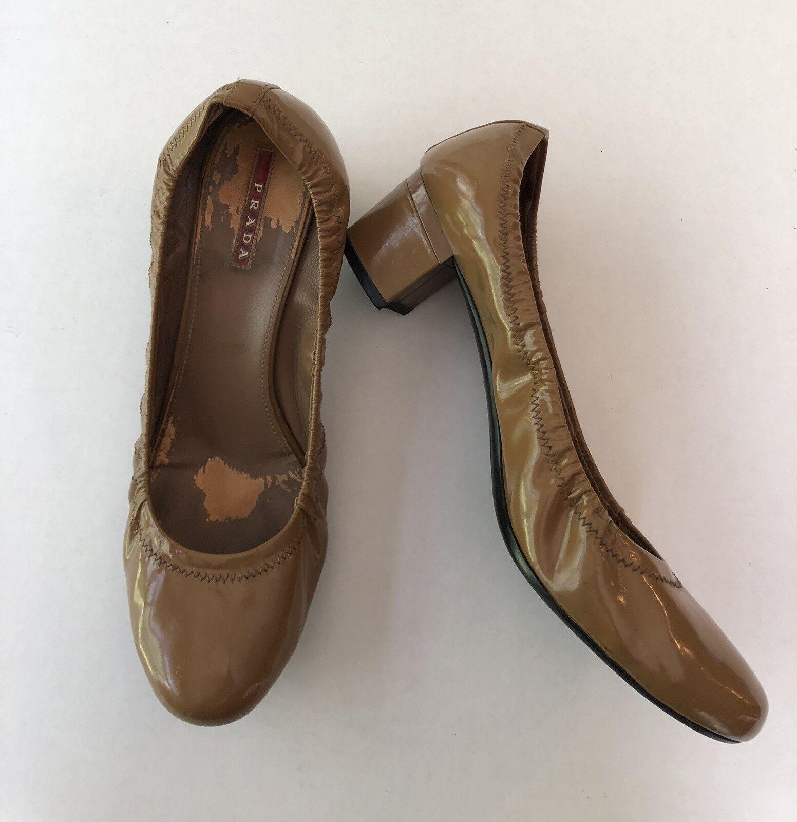 Prada Scrunch Ballet Pumps Caramel Heels Patent Leder Nude Caramel Pumps Größe 40.5 US 10 af26d2
