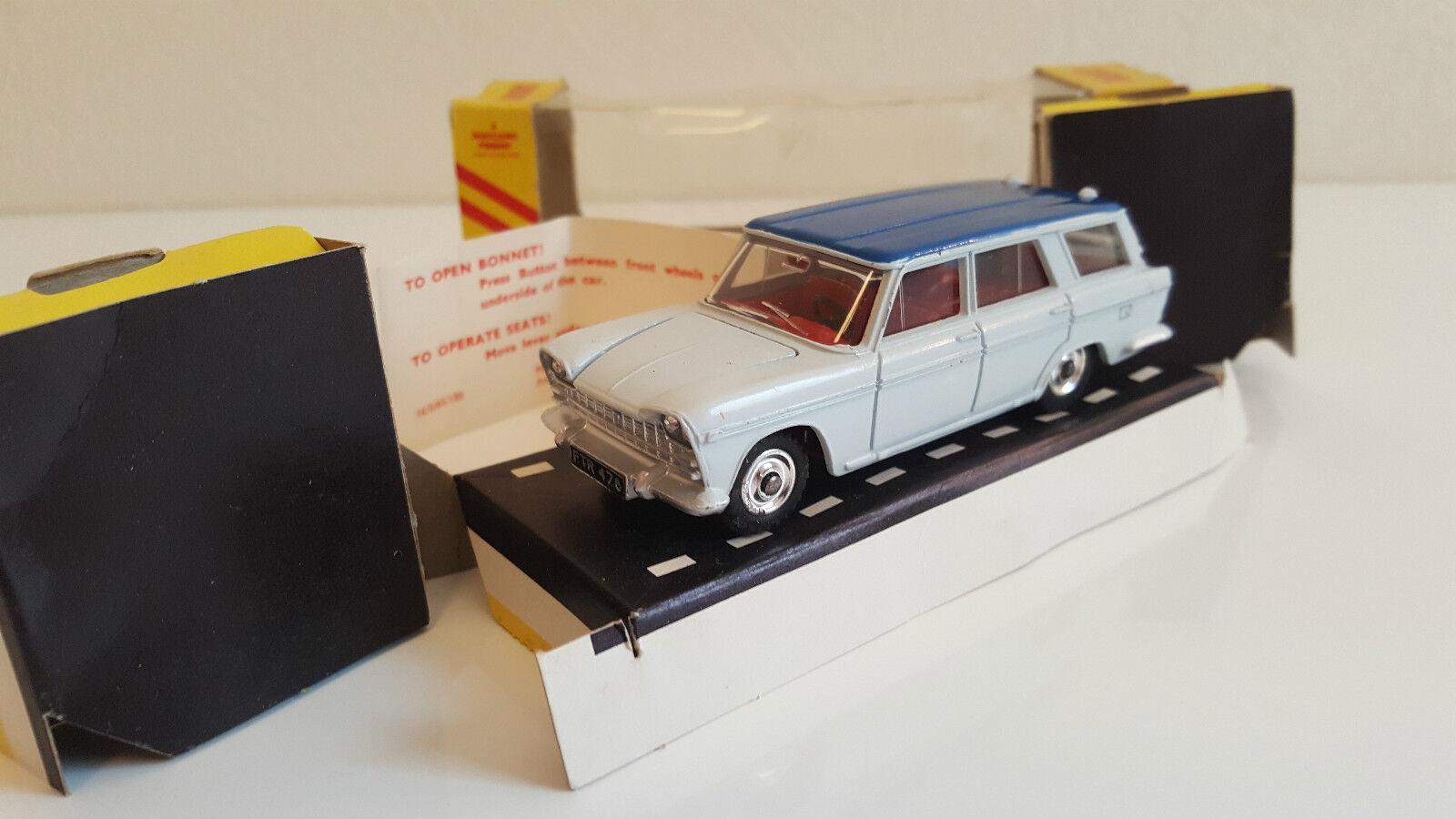 Dinky Toys - 172 - Fiat 2300  Station Wagon en boîte Export US d'origine  bonne qualité