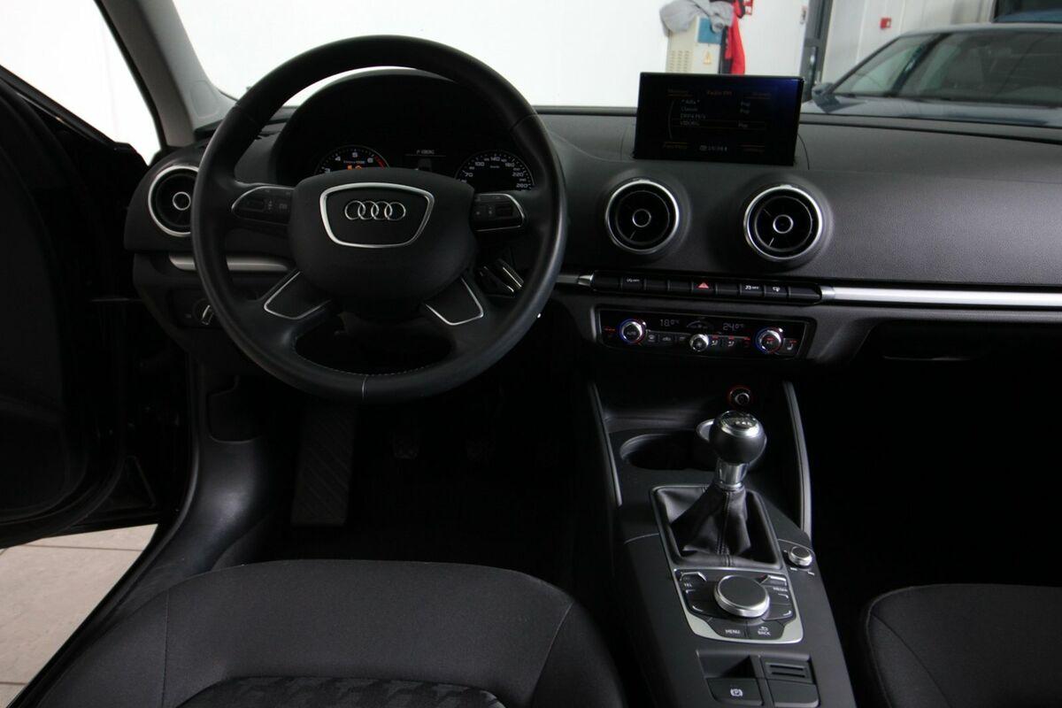 Audi A3 1,2 TFSi 110 Attraction SB