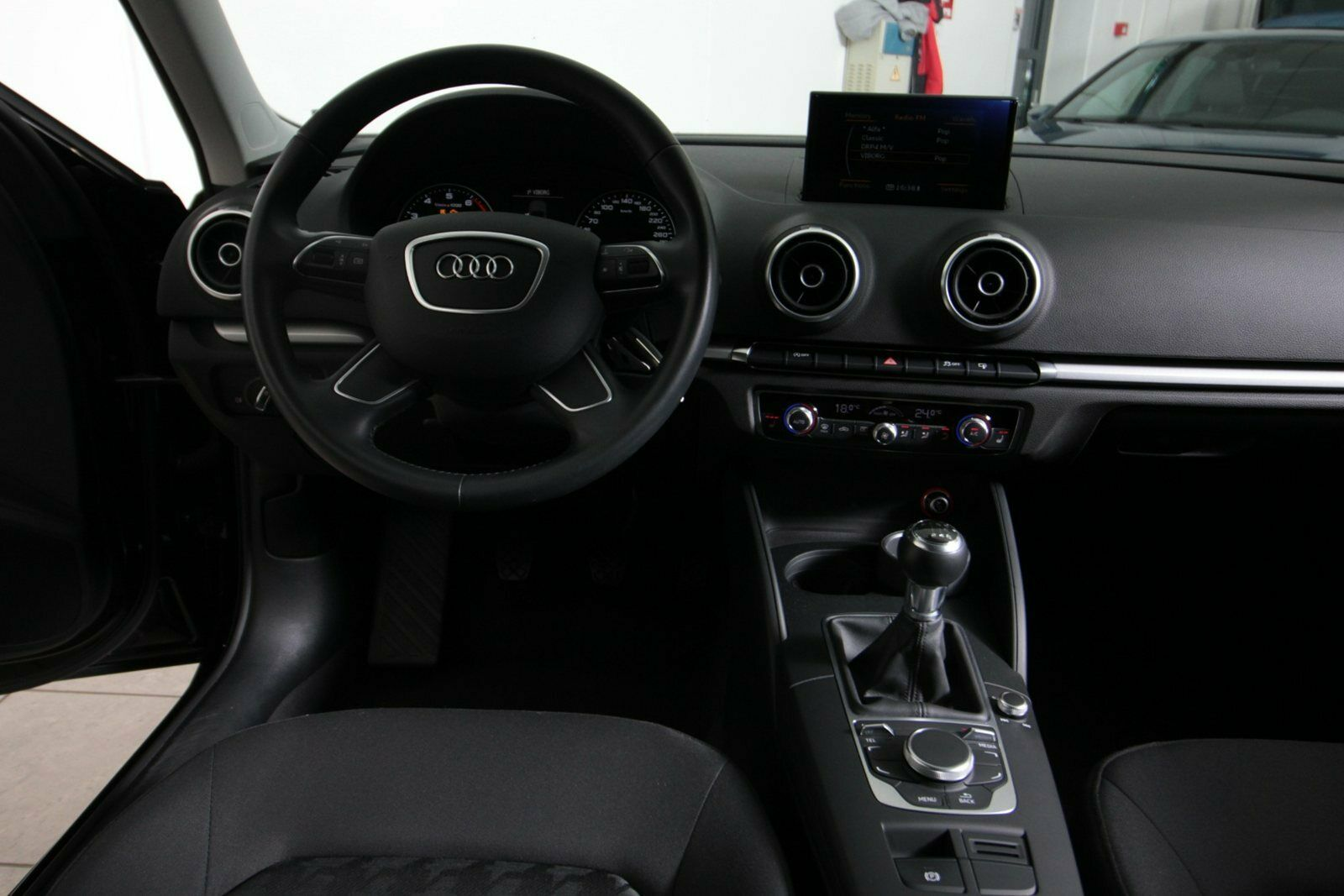 Audi A3 TFSi 110 Attraction SB