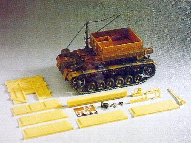 Precision 1  35 Bergepanzer III Tyska ARV WWWII Panzer III Kongrönering 35.005.A