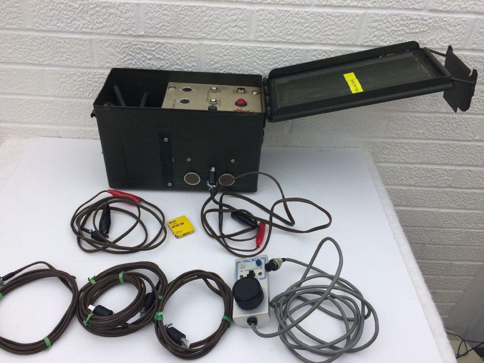 Controlador de tren Vintage Rastreador de mano por Troller Con Accesorios Ver Detalle