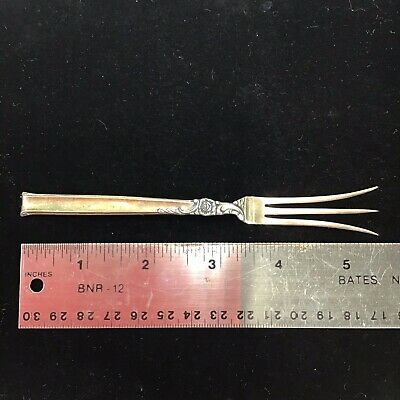 VERY GOOD CONDITION HEIRLOOM DAMASK ROSE STERLING SILVER SEAFOOD FORK
