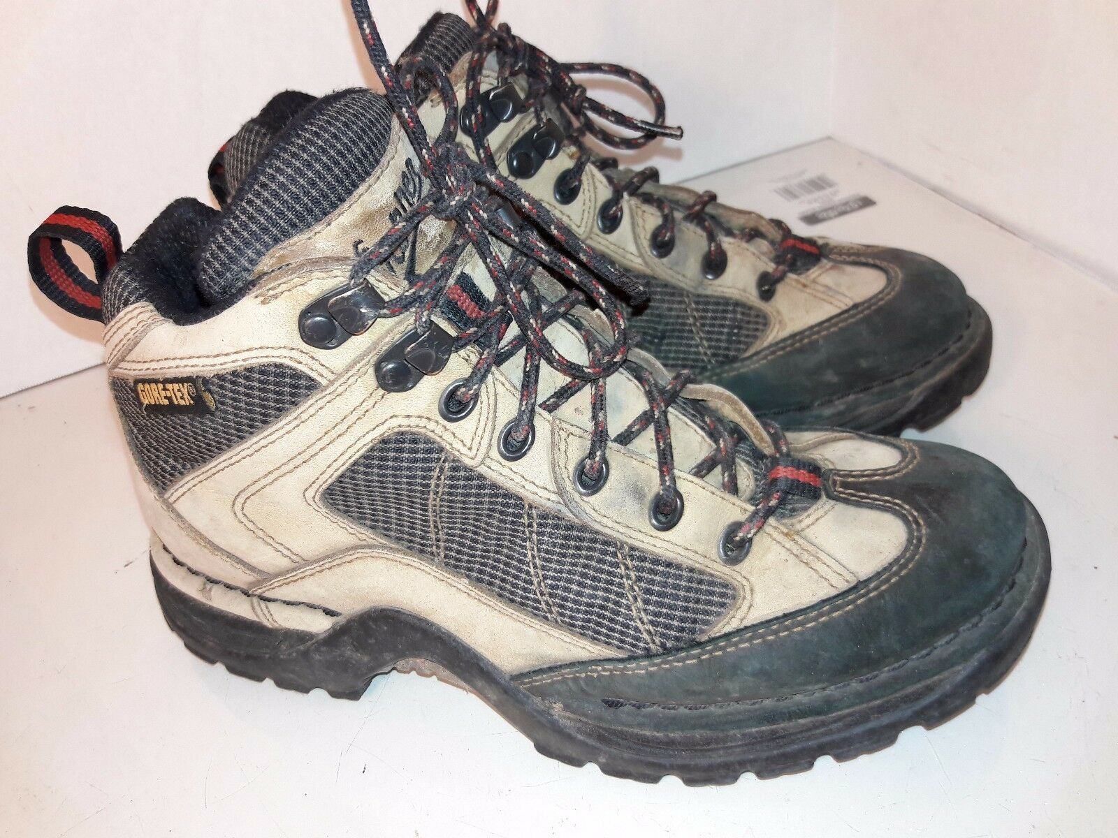 Danner Gore Tex 45012  leather Terra  Force Hiking Trail Boots shoes Womens sz 8.  shop now