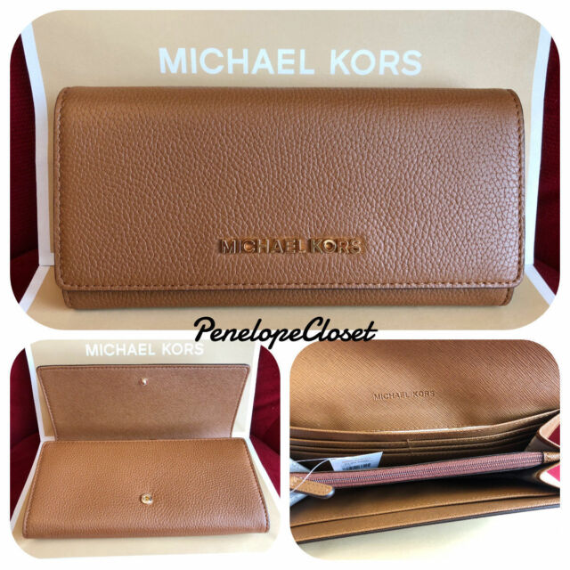 ac0067b2c555 NWT MICHAEL KORS PEBBLED LEATHER JET SET TRAVEL CARRYALL FLAP WALLET IN  LUGGAGE