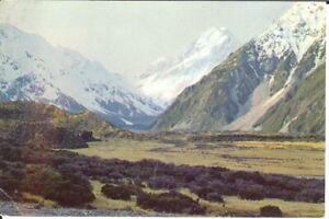 New-Zealand-Mount-Cook-Mount-Cook-National-Park-Unposted-c-1970-039-s