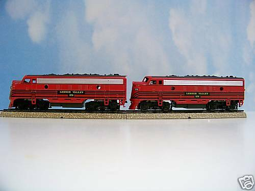 ATHEARNSE HO M A LEHIGH VALLEY F7A (DMY) AND F7A (PWR) LOCOMOTIVE SET