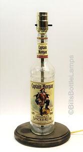 CAPTAIN-MORGAN-RUM-Liquor-Bottle-TABLE-LAMP-Light-Wood-Base-Bar-Lounge-Man-Cave