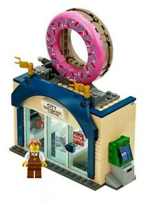 Lego-City-Donut-amp-Coffee-Store-amp-Figurine-Train-Ville-Paysage-60197-60198-nouveau