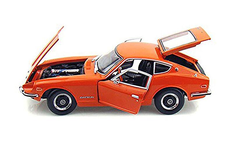 1971 Datsun 240 Z Hard Top+verdelight 1:18 display case RRP  42.50 lovely Gift