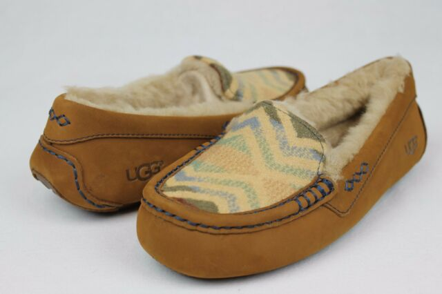 23150b12916 UGG PENDLETON ANSLEY CHESTNUT SHEEPSKIN MOCCASIN SLIPPERS FULLY LINED SIZE  9 US