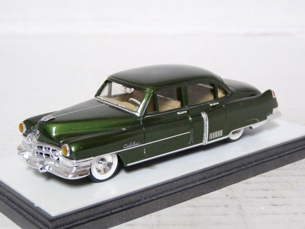 ELEGANCE 111  1 43'50 CADILLAC 60 SPECIAL résine fait main modèle voiture  mode classique