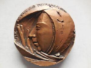 Medaglia-Petrarca-1974-incisore-Grilli