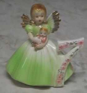 Vintage-Josef-Originals-Birthday-Angel-7-year-old-girl-Figurine-w-baby-doll-exc