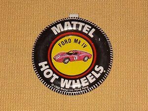 VINTAGE-CAR-RACING-1968-MATTEL-FORD-MK-IV-HOT-WHEELS-PIN-BADGE-BUTTON