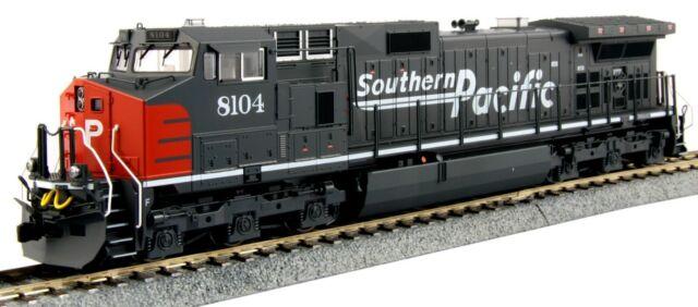 Kato HO Scale GE C44-9W Diesel Locomotive Southern Pacific SP # 8104 KAT37-6630