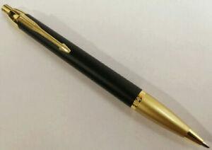 Luxurious-Metal-Parker-IM-Matte-Black-Golden-Clip-0-7mm-Fine-Nib-Ballpoint-Pen