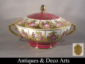 DW Karlovy Vary Porcelain Large Tureen with Fragonard Decoration