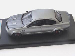 Modèles Alezan.   1/43 Jaguar Type S Panzani 2011