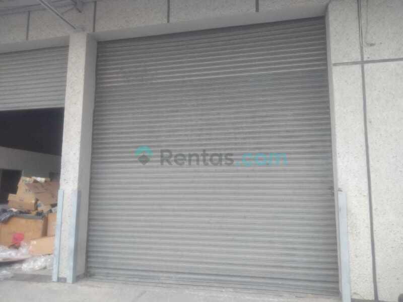 Bodega Renta De 439 m2 en el Parque Industrial en  Bernardo Quintana