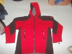 Mammut-Schoeller-NanoSphere-Softshell-Hoodie-Parka-Jacket-Coat-Hoody-Red-Black
