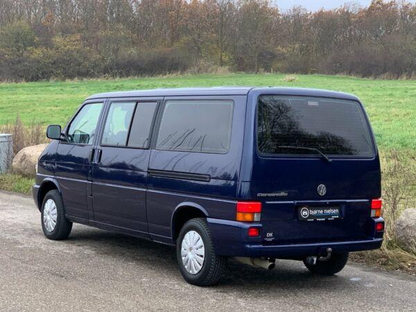 VW Caravelle 2,5 Comfortline aut. - billede 3