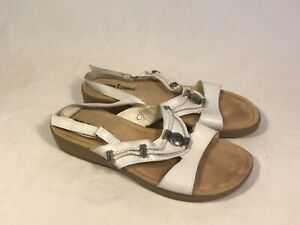 Minnetonka White Leather Metal Bead Accent Ankle Strap Sandals Women 8 N
