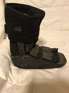 to buy detailing buy best Details about Djo -Donjoy MaxTrax Orthopedic Air Ankle walking boot- size  large