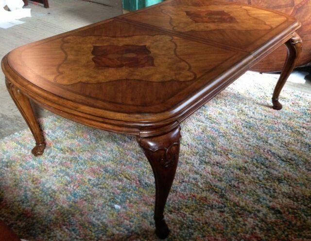 Thomasville Furniture Cassara Dining Set, Table, Chairs U0026 Curio