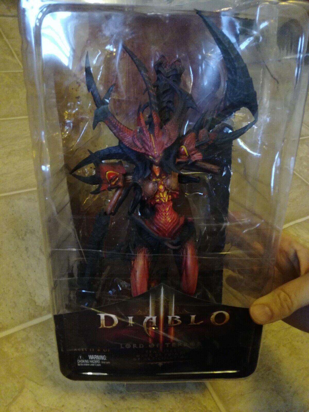 NECA Blizzard Diablo - III (3)  Lord of Terror Action Figure (A11) damaged box