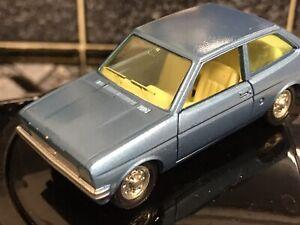 Vintage-Ford-Fiesta-pilan-Dinky-ESPANA-como-nuevo-modelo-627-Sin-Caja-Azul