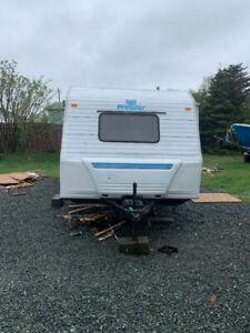 22 foot travel trailer.