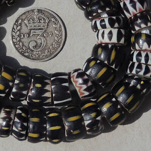 a-strand-and-12-loose-venetian-4-layer-small-chevron-african-trade-beads-1842