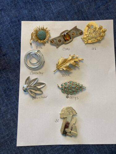 vintage lot of named costume brooches 8 pieces