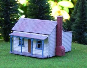 Victorian miners cottage house 64x48x48mm n 1 160 scale Victorian cottages kit homes