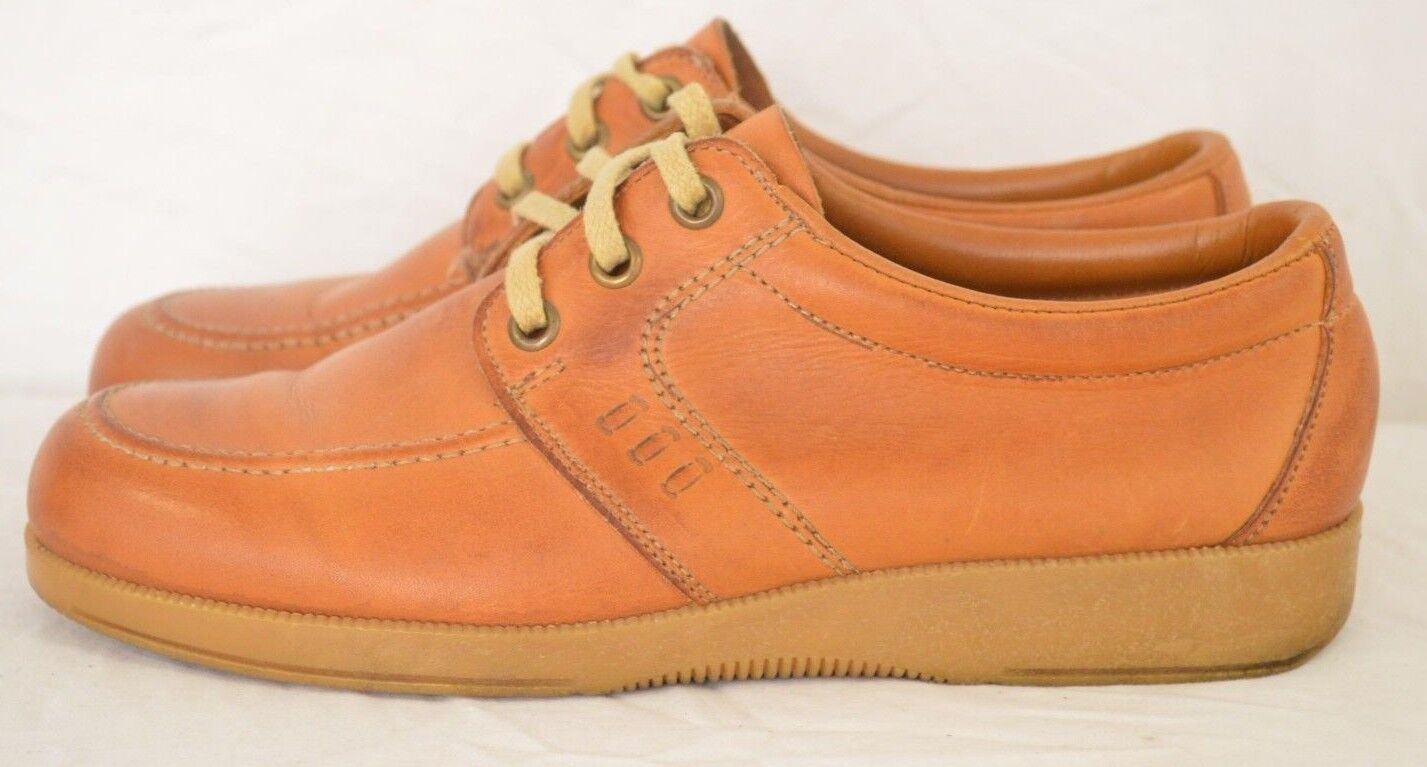 Vtg Thom McAn Tan Leather Moc Toe 3-Eye Lace-Up Casual Wedge Oxford Women's 8.5