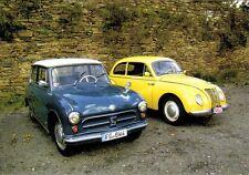 Ansichtskarte: AWZ P 70 und IFA F9 am Schloß Wolkenstein, DDR - Oldtimer - Autos
