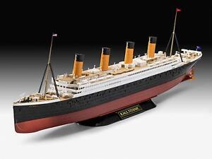 Modellino-da-Nave-Transatlantico-Titanic-1-600-Revell-Danneggiato