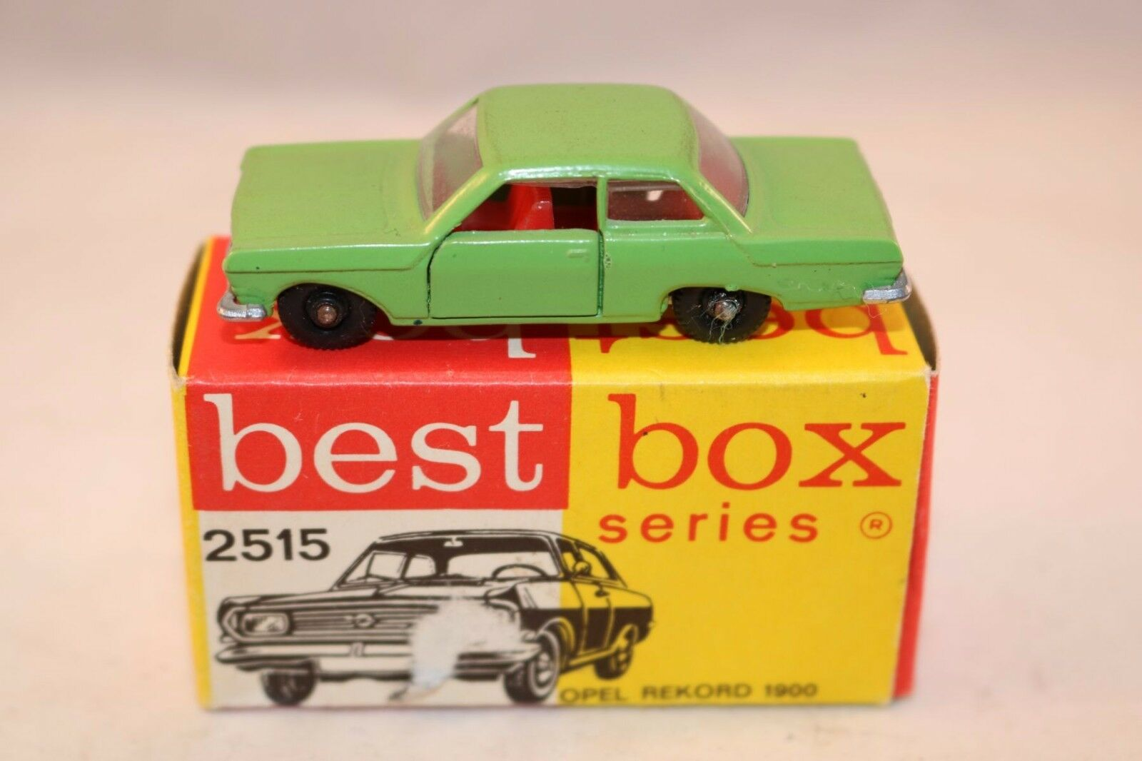 Bestbox Best Box 2515 Opel Rekord rare verde perfect mint in box super model