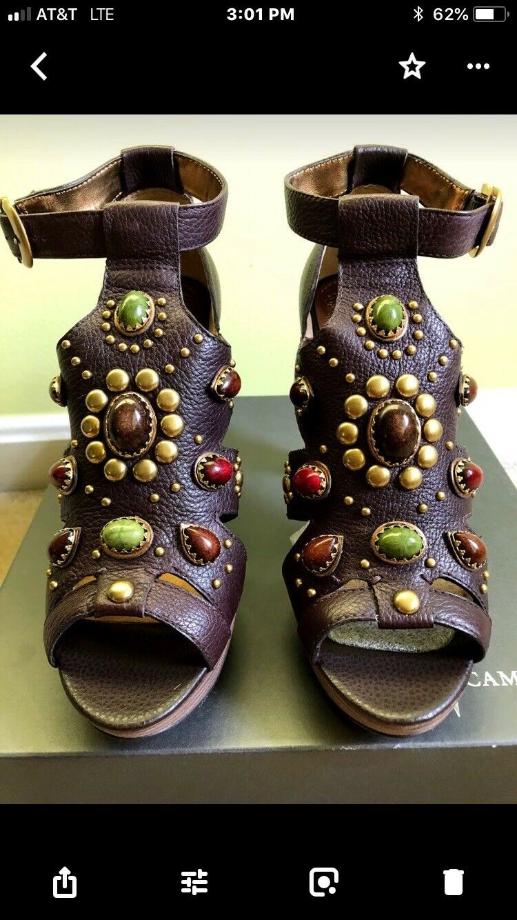Vince camuto never never never worn Brown jeweled & studded platform heel size 9.5 071458