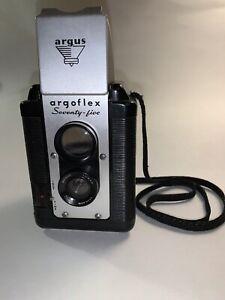 1940s ARGUS CAMERA SEVENTY-FIVE 75mm LUMAR LENS MODEL 620 FILM COLLECTOR