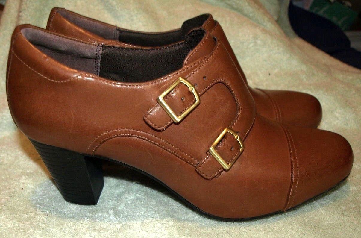 NEW CLARKS  Bendables Braun Leder Heel/Ankle Height,  11 Med