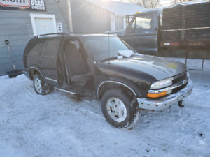 Parting out 1999 blazer