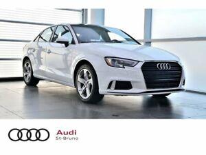 2017 Audi A3 KOMFORT + TOIT PANO + BAS PRIX