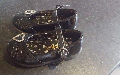 Infantil Niña Talla 5.5 Zapatos negros usados una vez