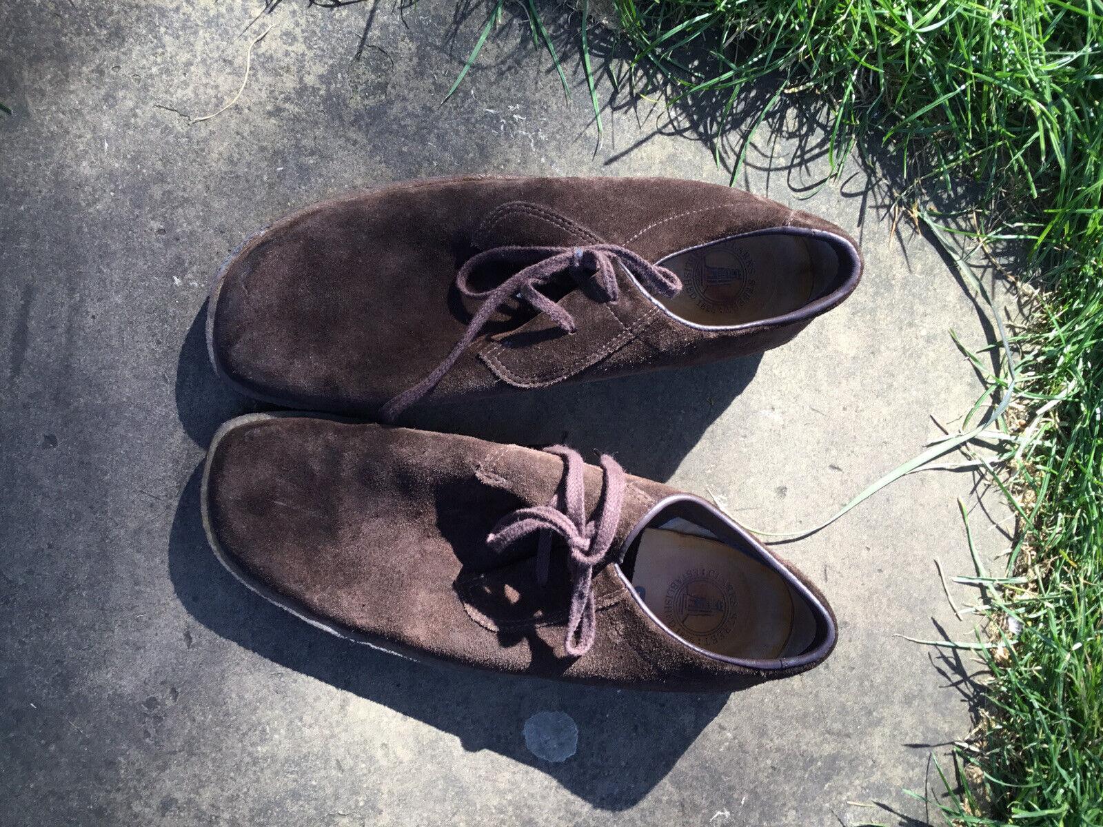 clarks originals - Chocolate Brown Suede size 9G Crepe Soled Desert Shoe
