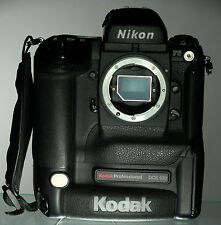 Nikon F5 / Kodak Professional DCS 620 eine der erste Digital SLR Kameras