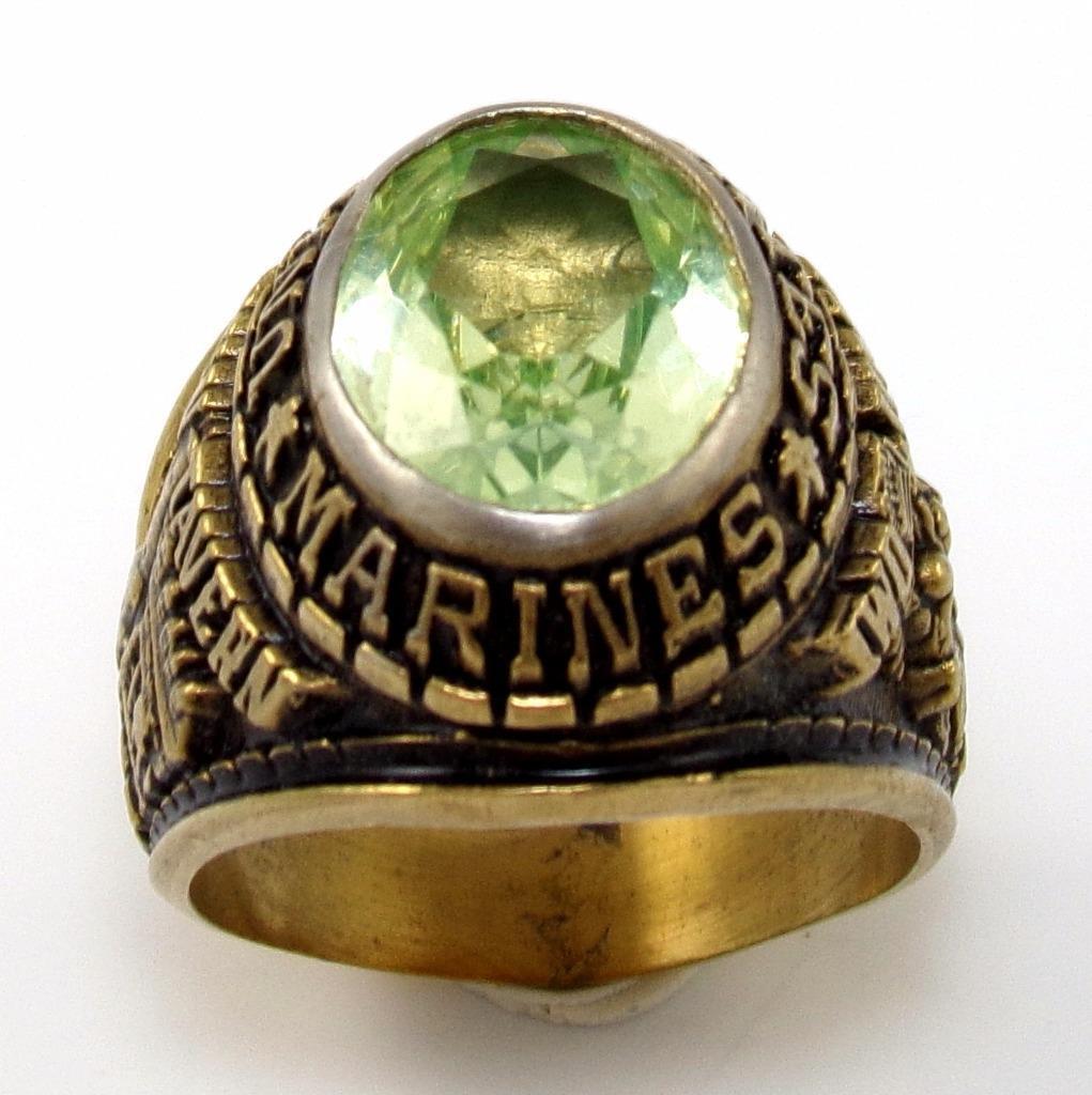 Green Peridot United States Marine Iwo Jima Tun Tavern Class gold Tone Ring QX