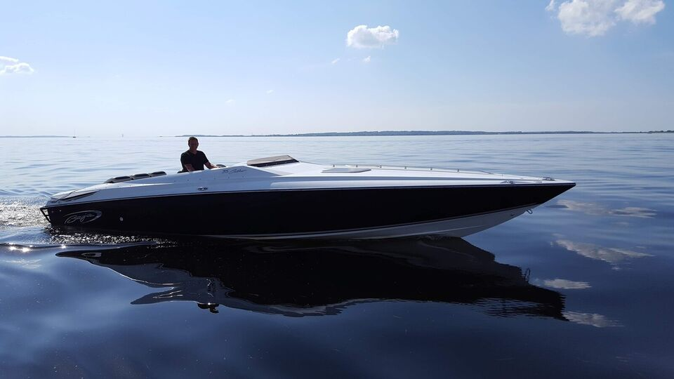 Baja 35 Outlaw, Speedbåd, årg. 2008
