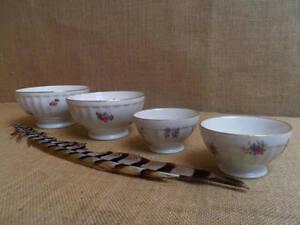 100% De Qualité Vintage Set French Bowls Flowers Porcelain 4 Bols Anciens Porcelaine Family
